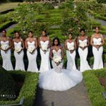 Trendy Black And White Bridal Party Bridesmaid Dresses Beautiful Ideas All White Wedding, Mod Wedding, White Bridal, Dream Wedding, All White Party, Geek Wedding, 2017 Wedding, Wedding Book, Wedding Bells