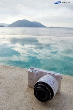 Discover amazing things and connect with passionate people. Samsung Camera, Camera Shy, Selfie Stick, Technology Gadgets, New Adventures, Vintage Photography, Filmmaking, Sticks, Aesthetics