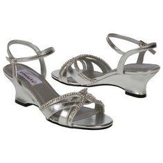 Women's Dyeables Peg Silver FamousFootwear.com