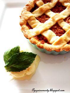 Delicious apple pie & Vanilla ice cream