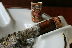 Smokin Joes, Cigar Reviews, Premium Cigars, Pipes, Spicy, Pipes And Bongs, Trumpets