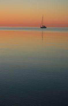 Boat at Dawn (Pickering, Ontario, Canada) #home