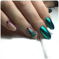 Christmas Nail Designs - My Cool Nail Designs Beautiful Nail Art, Gorgeous Nails, Holiday Nails, Christmas Nails, Golden Nails, Nails Only, New Year's Nails, Diy Nail Designs, Christmas Nail Designs