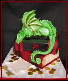 Jade Dragon - Guardian of Scrolls - Cake by Mel_SugarandSpiceCakes omg Allison will love this Beautiful Cakes, Amazing Cakes, Cupcake Cakes, Cupcakes, Fantasy Cake, Dragon Cakes, Book Cakes, Fairy Cakes, Character Cakes