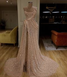 View more beautiful gowns by browsing Pageant Planet's dress gallery! View more beautiful gowns by browsing Pageant Planet's dress gallery! Gala Dresses, Couture Dresses, Fashion Dresses, Bridal Dresses, Elegant Dresses, Pretty Dresses, Elegant Outfit, Mode Outfits, Formal Gowns