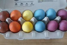 Egg Dye with Food Coloring . 30 Inspirational Egg Dye with Food Coloring . Learn How to Dye Easter Eggs with Plants Tie Dyed Easter Eggs, Easter Eggs Kids, Making Easter Eggs, Easter Food, Making Hard Boiled Eggs, Natural Food Coloring, Coloring Easter Eggs, Egg Coloring, Easter Traditions