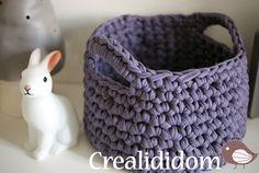 Small crochet basket Tuto for making – Creative hobbies Crochet Bowl, Crochet Diy, Crochet Amigurumi, Tunisian Crochet, Love Crochet, Crochet Hooks, Cotton Cord, How To Purl Knit, T Shirt Yarn