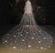 Cheap bridal veil wedding, Buy Quality long bridal veil directly from China veil wedding Suppliers: White Tulle Cathedral Length Wedding Veil 2017 Handmade Flowers Applique Long Bridal Veils Wedding Accessories Cathedral Wedding Veils, Cathedral Train, Flower Veil, Tulle Flowers, White Tulle, White Bridal, Bridal Accessories, Wedding Styles, Wedding Ideas