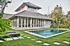 Villa Amara is a well sized, two storey villa with distinct living areas enclosed to prevent unwanted guests from coming in and all rooms are located under one roof.  Situated in Jalan Yudistira Seminyak this villa has 3 bedrooms and pool and is in a great location, just off Jalan Kunti 2 and only a short walk to Bali Deli.