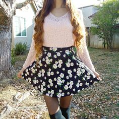 Love the way #strawberriespls styled the Floating Daisies Skater Skirt #F21xME #Spring