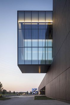 Corporate Deltalight Moorsele // Govaert & Vanhoutte Architects