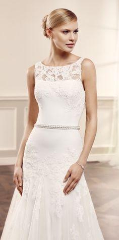 Ola esküvői ruha