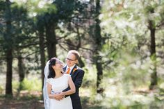 St. Louis spring wedding inspiration : L Photographie || Ceremony: Memorial Presbyterian Church || Reception: Whittemore House || On location photos: Forest Park