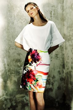 Preen Trend: Oversized White Blouse and flower skirt