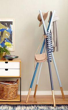 Handmade Home Decor For Your Own Personal Touch – DecorativeAllure Handmade Home Decor, Diy Home Decor, Room Decor, Diy Coat Rack, Coat Racks, Coat Hanger, Diy Casa, Creation Deco, Ideias Diy