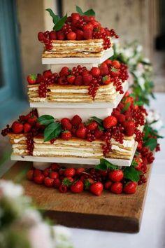 Wedding Cake Designs, Wedding Cake Toppers, Cake Wedding, Wedding Table, Italian Wedding Cakes, Summer Wedding Cakes, Purple Wedding, Gold Wedding, Wedding Rings