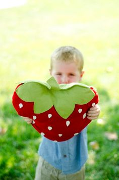Can someone make this for me please? Felt Strawberry Picnic Pillow DIY PDF Pattern by sewlovetheday, $6.00