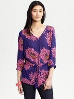Love this blouse from Banana Republic   5 Easy Ways to add color on a budget