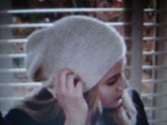 Ravelry: Twilight Rosalie Hale's School Hat pattern by Nancy Fry (FREE PATTERN)
