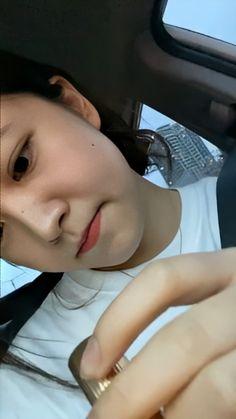 Katie Kim, Kim Yerim, Funny Arabic Quotes, Cute Couples Goals, Bts Photo, Korean Girl, Red Velvet, Female, Chara