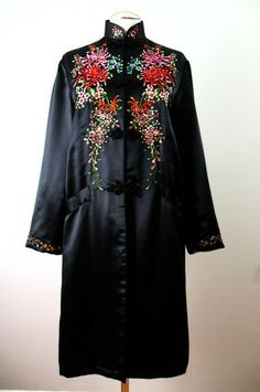 Vintage 60s Evening Coat Asian Embroidered Silk Large bust 42