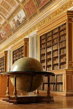 Chateau de Fontainebleau - La Bibliothèque de Napoléon