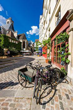 Pedestrian Street, Paris
