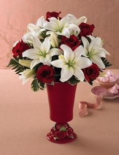 red and white wedding centerpiece, red wedding centerpiece, red and white centerpieces