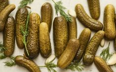 Recipe of the Day: Blue Ribbon Dill Pickles 🥒 Save the recipe! Top Recipes, Canning Recipes, Oven Recipes, Blue Ribbon Dill Pickle Recipe, Making Dill Pickles, Canning Pickles, Gastro, Pickle Jars, Nutrition