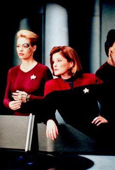 Janeway Out Bitches Star Trek Characters, Girls Characters, Female Characters, Star Trek Warp, Star Trek Tos, Star Wars, Khan Noonien Singh, Stark Trek, Captain Janeway
