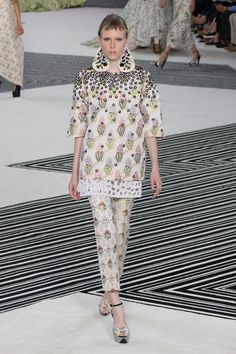 Every Look Was a Showstopper at Giambattista Valli Couture - Fashionista