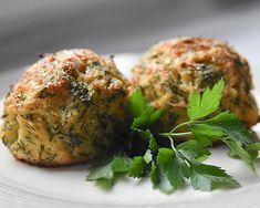 Pieczone kotlety z kalafiora Narodowe Centrum Edukacji Żywieniowej Salmon Burgers, Pierogi, Keto, Ethnic Recipes, Food, Health, Recipies, Essen, Meals
