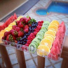 Summer BBQ + Picnic Recipes to Enjoy All Summer Long - Summer Recipes Party Food Platters, Fruit Platters, Fruit Dips, Party Trays, Fruits Decoration, Fruit Buffet, Picnic Foods, Picnic Recipes, Recipes Dinner