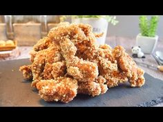 Super Crispy Fried Chicken Recipe 盐酥鸡 BEST Chinese Popcorn Chicken Ever! Crispy Fried Chicken, Fried Chicken Wings, Fried Chicken Recipes, Meat Recipes, Asian Recipes, Cooking Recipes, Fried Steak, Chinese Crispy Chicken, Taiwanese Popcorn Chicken