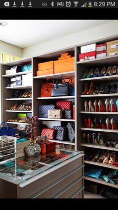 Hermes, Louboutins & Chanel! Oh my!