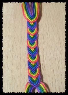"Good tutorial to make a ""leaves"" friendship bracelet"