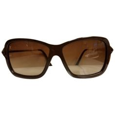 Pre-owned Louis Vuitton Poppy Brown Plastic Frame Sunglasses ($248) ❤ liked on Polyvore featuring accessories, eyewear, sunglasses, cream, two-tone sunglasses, plastic glasses, louis vuitton glasses, louis vuitton sunglasses and 2 tone sunglasses