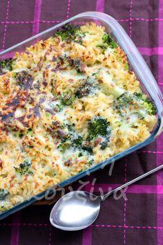 μικρή κουζίνα: Ζυμαρικά με μπρόκολο και ελαφριά μπεσαμέλ στον φούρνο Pasta Recipes, Dinner Recipes, Cooking Recipes, Greek Recipes, Light Recipes, Food N, Food And Drink, Vegetarian Recipes, Healthy Recipes