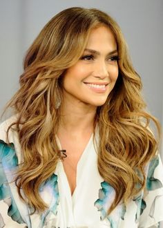 Songstress and actress Jennifer Lopez looks divine with her gorgeous textured layers. The big wave in her hair accentuates her eyes and cheekbones, while the layers give her hair wonderful depth and natural texture. Recreate this haircut by asking your stylist to add lots and lots of feathered layers to your hair, starting just below your chin.
