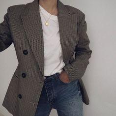 m File #emfashionfiles #whiteshirt #blazer #denim #fashion #streetstyle