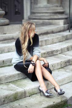 h divided knit  h trend leather skirt  ebay cap  kurt geiger shoes  44 mm rose gold skywatch  kurt geiger bracelet