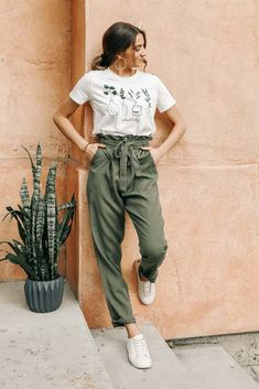 Tencel Paperbag Pants in Olive – böhme Teen Fashion Outfits, Look Fashion, Fall Outfits, Scene Outfits, Indie Outfits, Earthy Outfits, Retro Outfits, Fashion For Teens, Olive Outfits