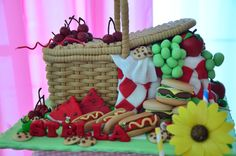 picnic basket cake by Oc kitchen for stella's first bday