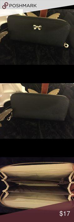 Black wallet Zip closure wallet. New never used. jkk Bags Wallets