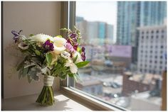 blanc Denver wedding lace and lilies flowers photo
