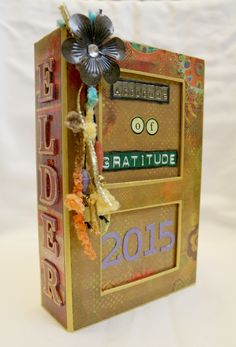 #papercraft #gratitude, share what you're #grateful for: we're #papercrafting what we're thankful for in our #ThankfulThursdays series and invite you to join in! Check out the #Gratitude Box Brandy created - there's even a step-by-step #tutorial! What a great way to share your feelings with those you love this #Thanksgiving Day!