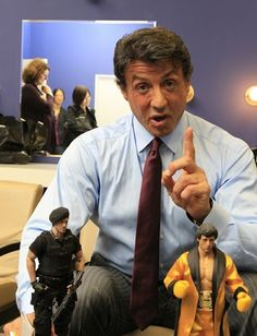 Stallone with his own action figures Rocky Film, Silvester Stallone, Punisher Marvel, Brandon Lee, Rocky Balboa, The Expendables, Jason Statham, Cinema, Upcoming Movies