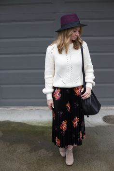 Bohemian vibes with a velvet midi skirt, slouchy sweater, and ankle boots. Full post: https://avecamber.blogspot.com/2018/02/bohemian-vibes-velvet-midi-skirt.html