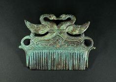 Peigne étrusque en bronze