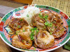 'Butaniku-no-Shougayaki' is a ginger-flavored slices of fried pork. Japanese flavor.